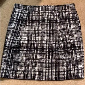 Ann Taylor LOFT Silk Black/Off White Skirt Sz 12